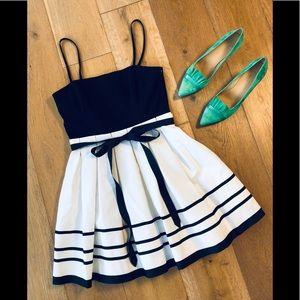 Betsey Johnson spaghetti strap mini flare dress 10